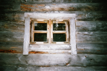 Kämpän ikkuna
