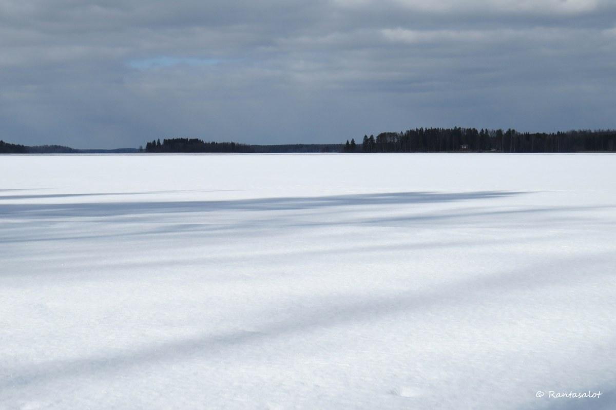 Jäinen järvi