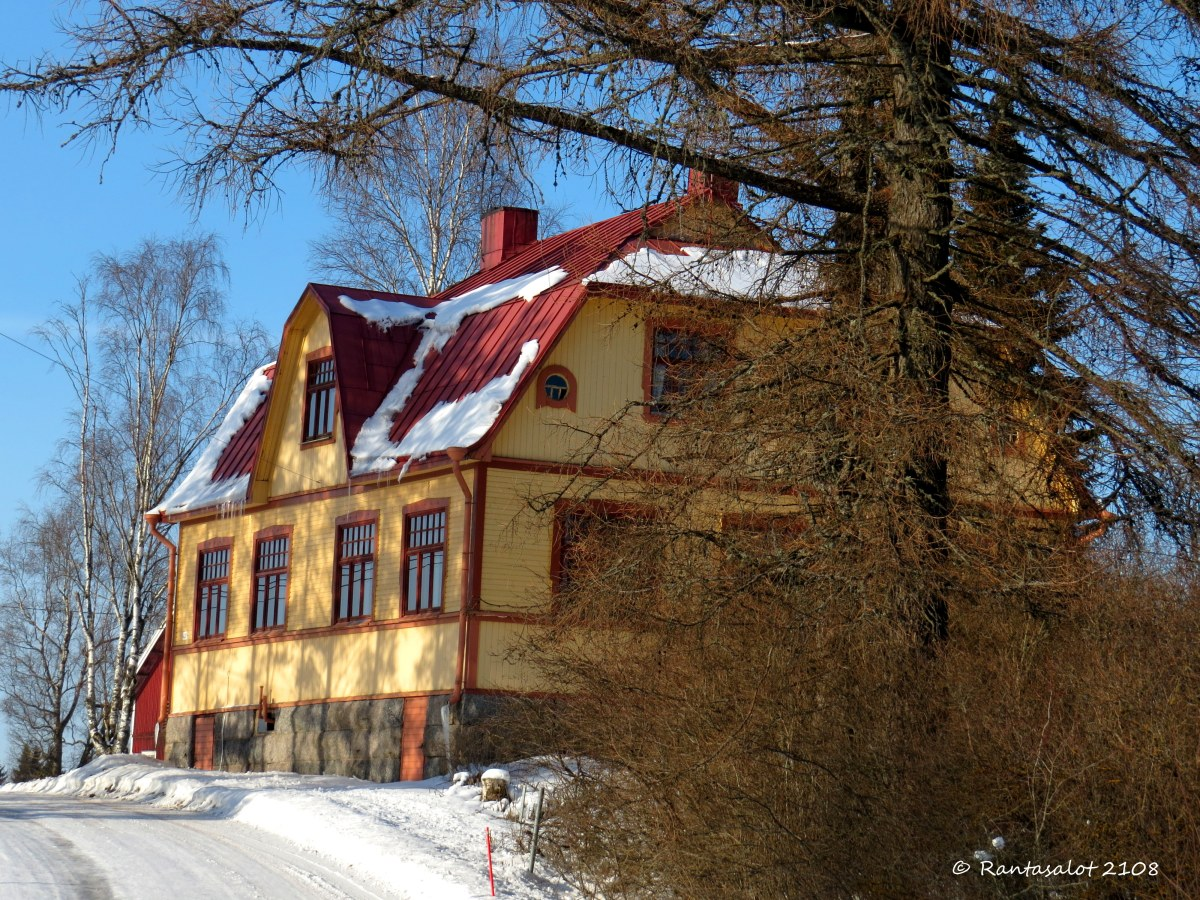 IMG_8841 Komea talo.jpg